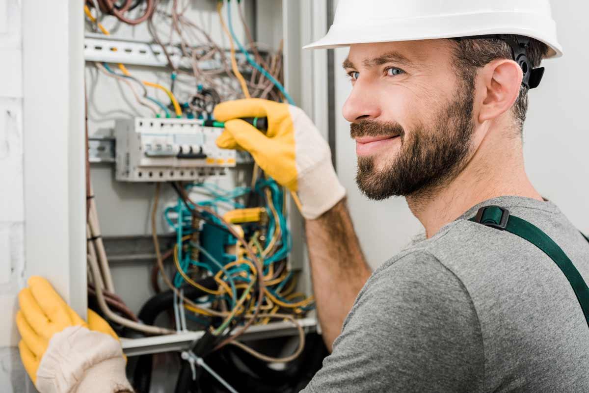 Elektro Furlani sucht Elektriker